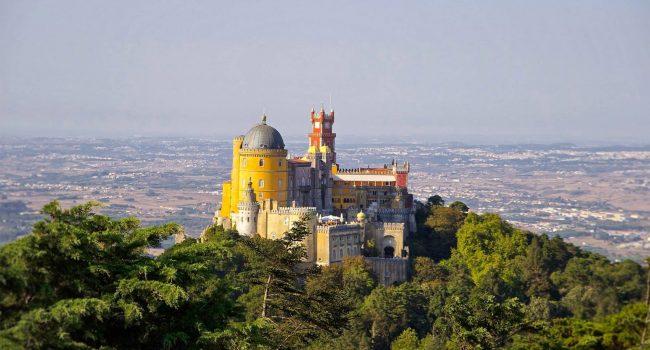 Sintra est une étape incontournable pendant un road trip au Portugal